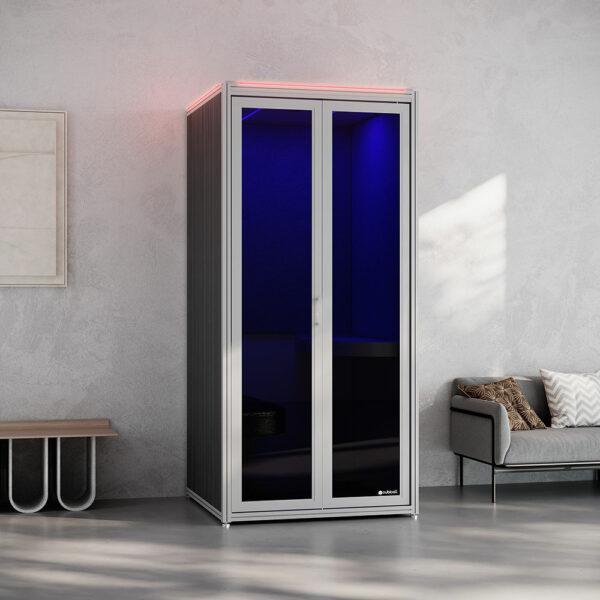 Cubicall UV Booth w/ flash